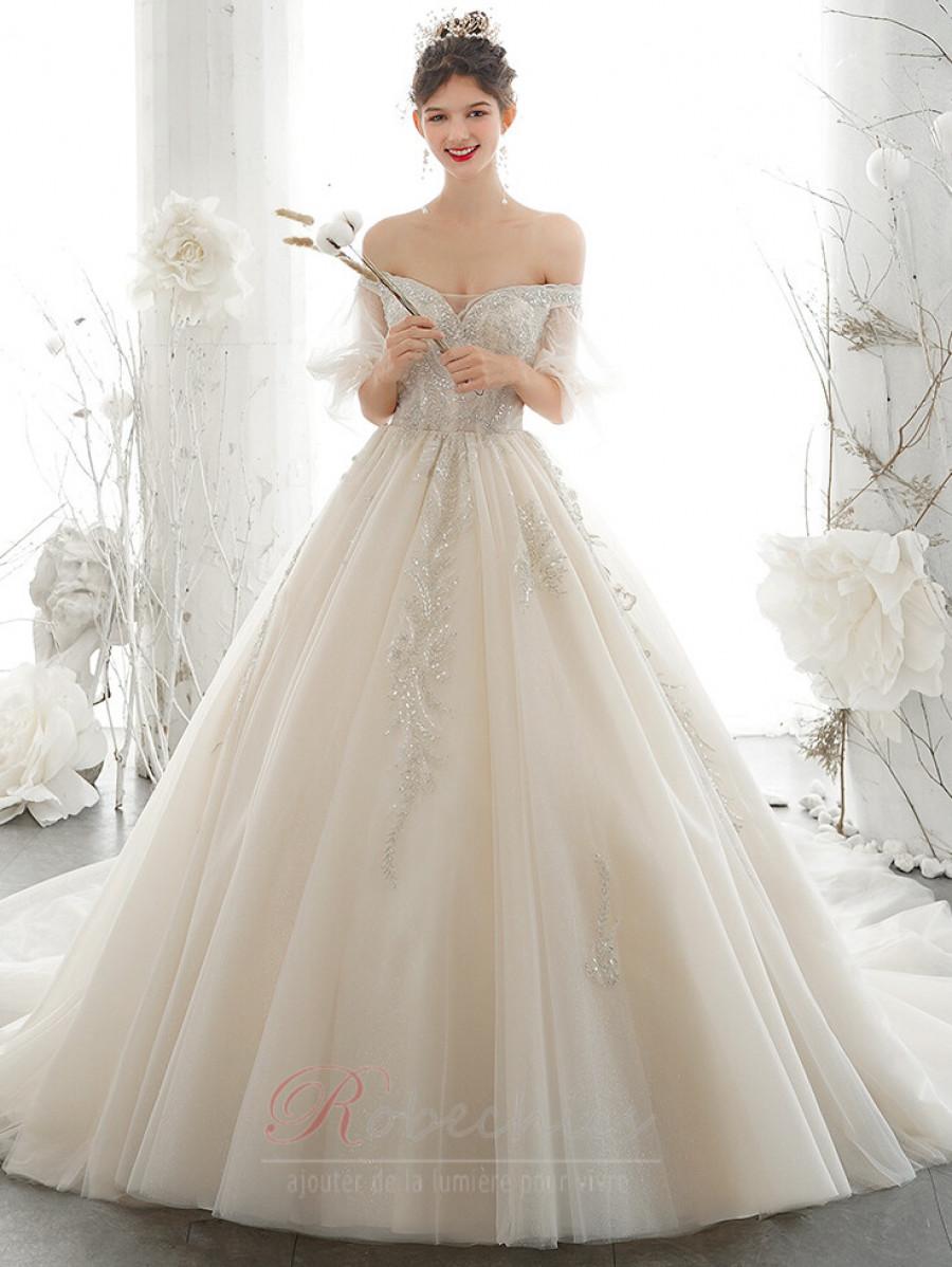 De la robe de mariée de l'étui à épaules - une doublure de haute qualité pour votre look de mariage