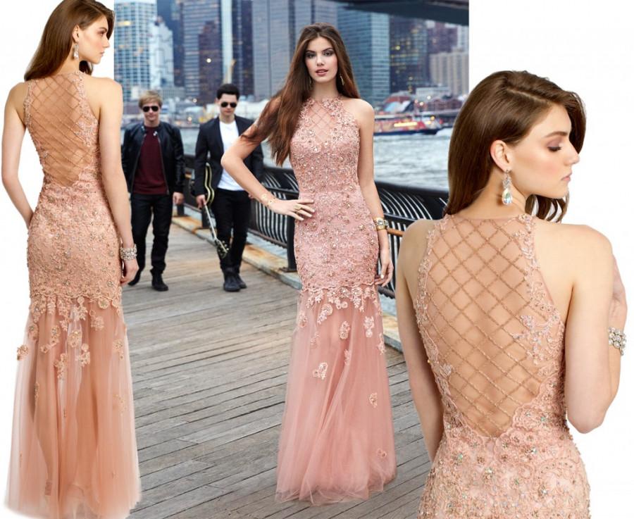 les robes Liancarlo sont créées à Miami