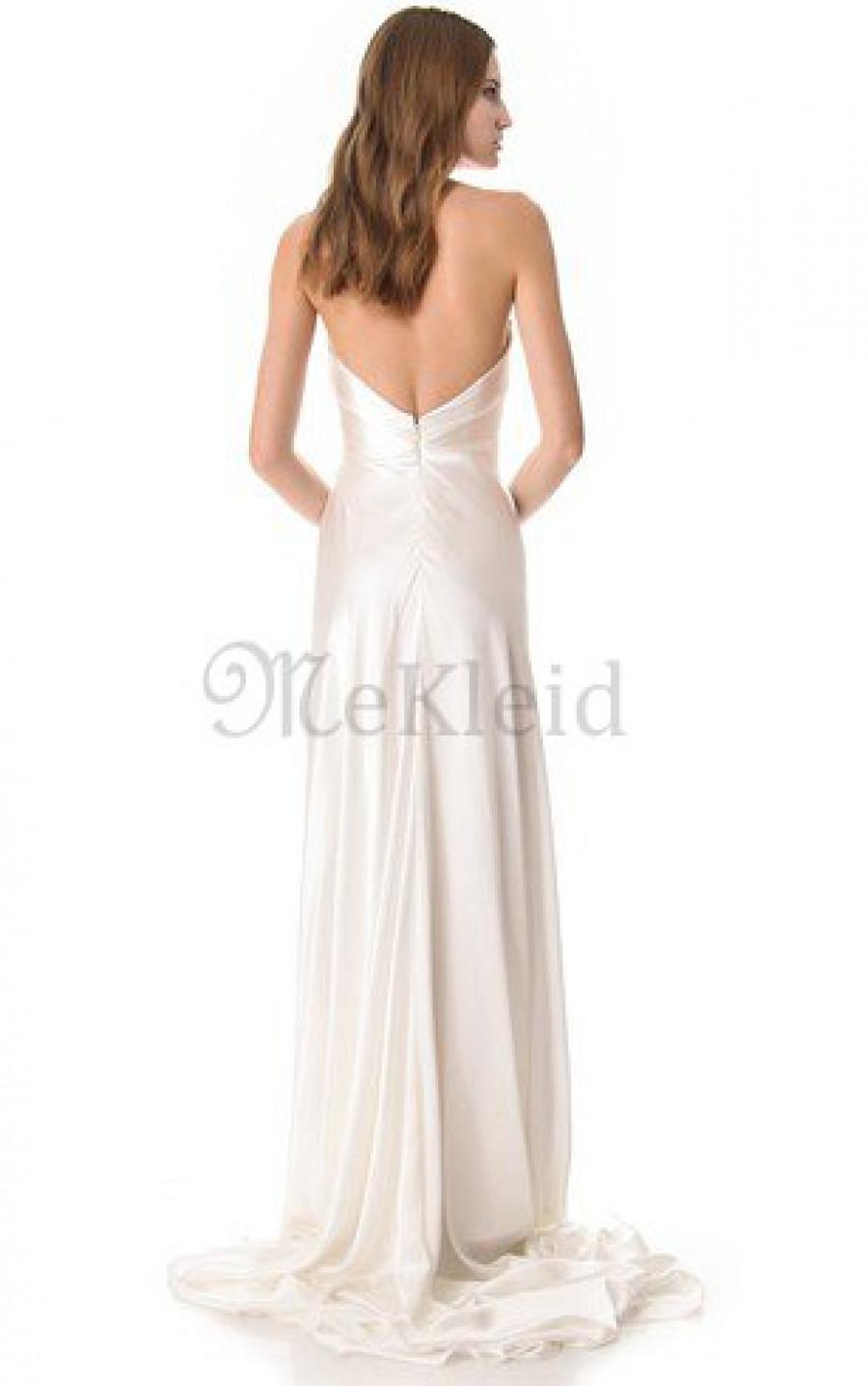 Als ich mit meiner Schwester zum ersten Mal Brautkleider anprobierte